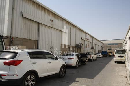 Warehouse for Rent in Al Qusais, Dubai - Good Quality Fitted Space Warehouse for Rent