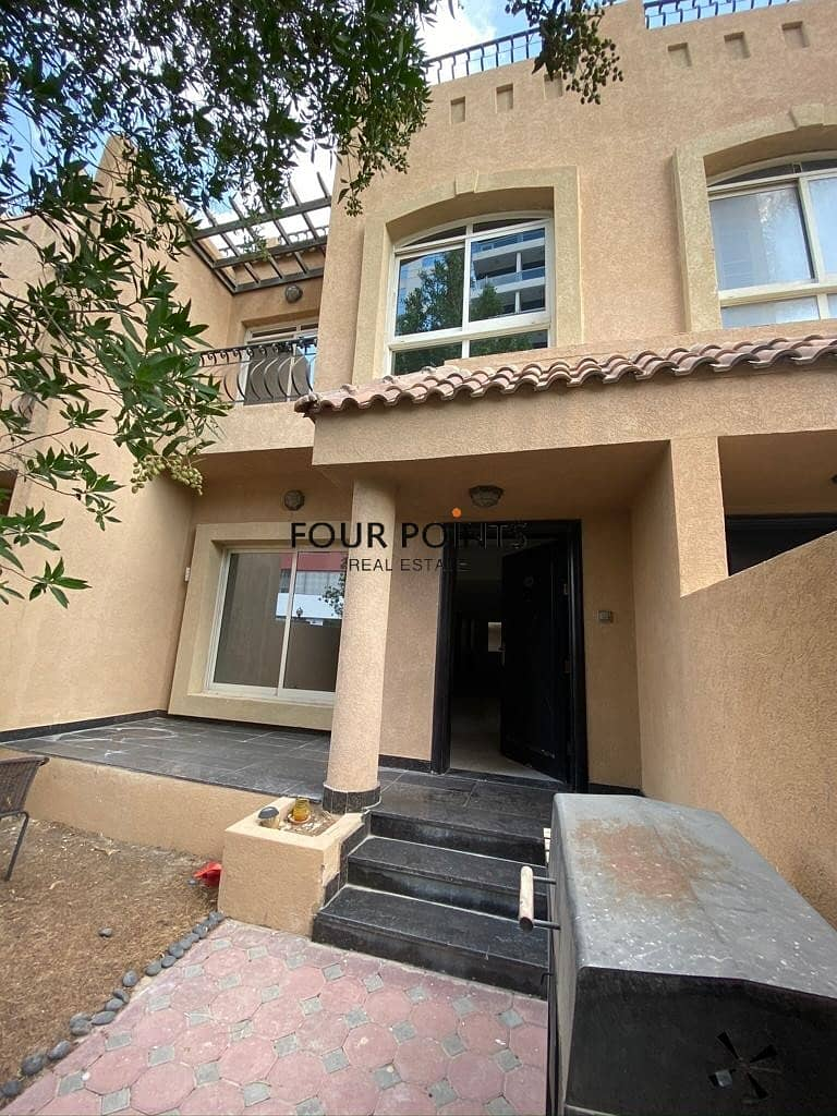 14 Stunning 3BR Townhouse in JVC