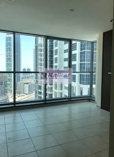 2 Bedroom Apartment for Sale in Business Bay, Dubai - Executive Tower  - Corner | Bright 2 Bed Rooms on the higher floor with view of  Sea & Downtown(Partial Burj Khalifa )