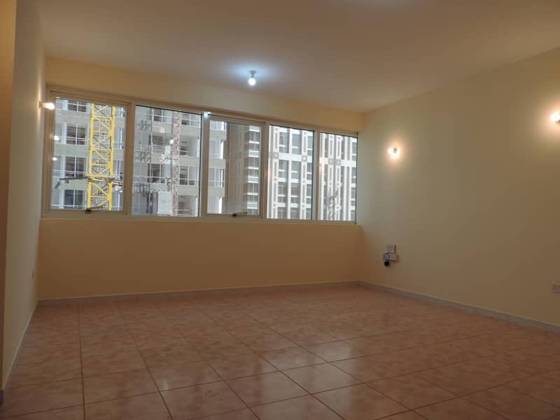 Amazing  and relaxing 2BHK flat with city view near to corniche beach