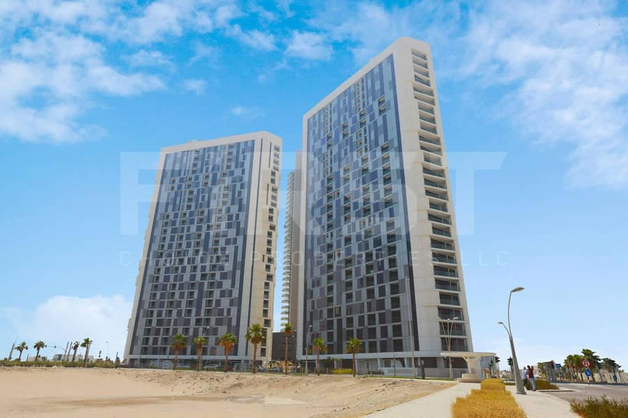 Payable in 4 Cheques! Cozy Spacious Apartment in Al Reem.
