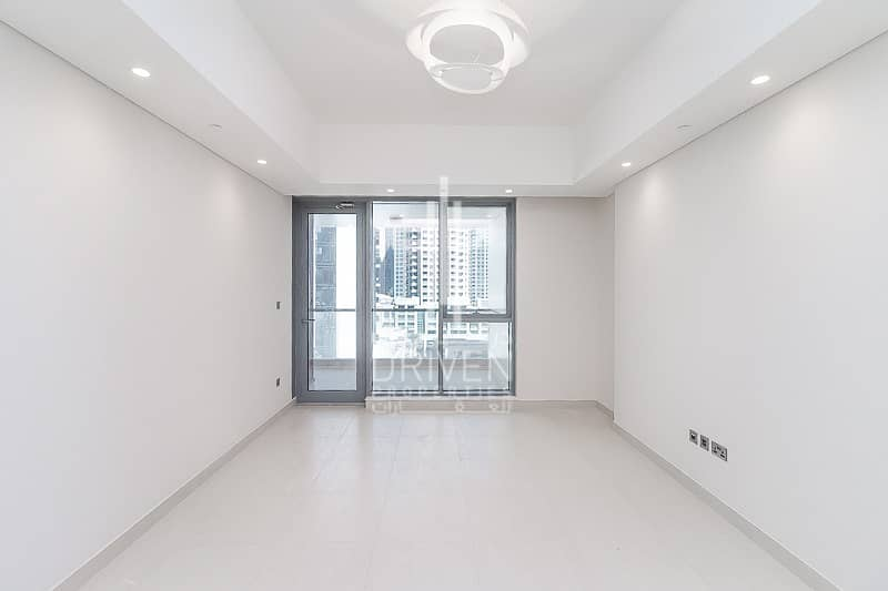 Quality Finish | Modern 3 Bed Apartment.