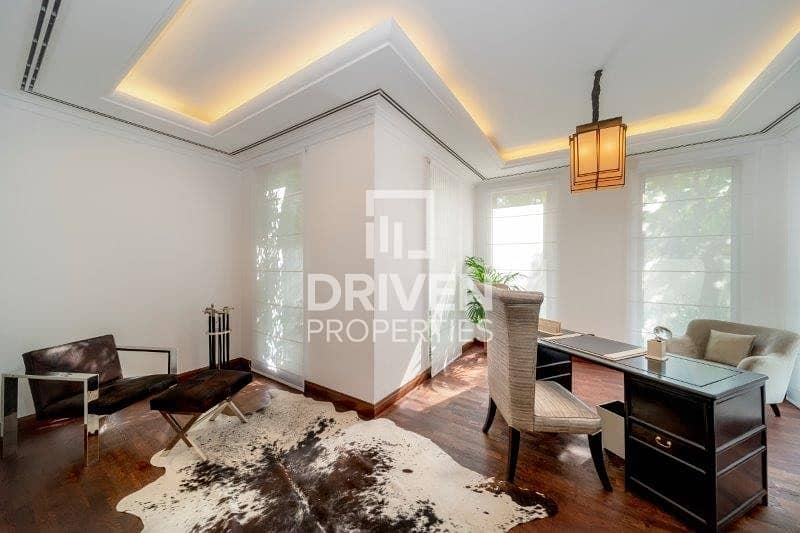 22 Premium 5 Bed Villa with Amazing Lake View