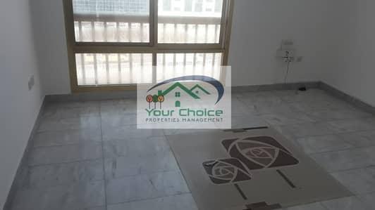 شقة 1 غرفة نوم للايجار في شارع المطار، أبوظبي - Affordable and Spacious  1 Bedroom for only 43