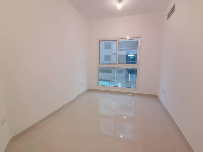 شقة في شعبية مصفح 1 غرف 40000 درهم - 4425011