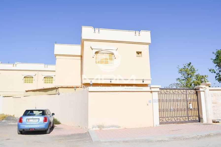 1 Month Free! Huge 4BR Villa near Corniche in RAK