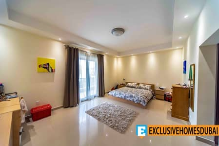 فیلا 5 غرفة نوم للبيع في ذا فيلا، دبي - فیلا في ذا هيسينداس ذا فيلا 5 غرف 2999999 درهم - 4425739