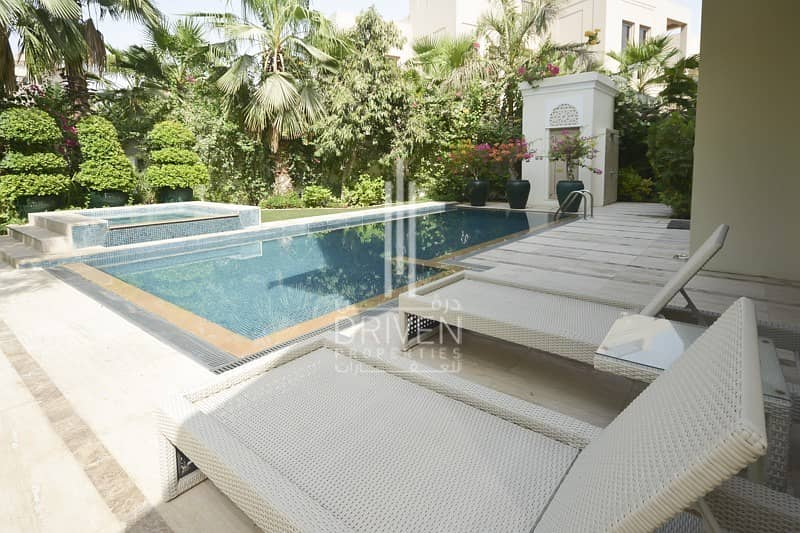 2 Upgraded And Fully Furnished|Type D Villa