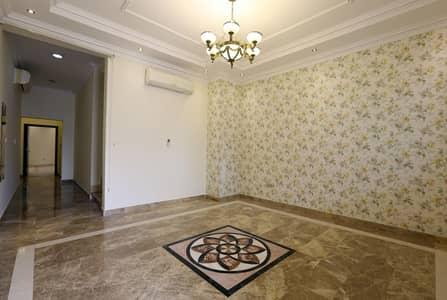 5 Bedroom Villa for Rent in Al Salam Street, Abu Dhabi - Incredibly Stunning 5BR Villa in Al Salam Street !