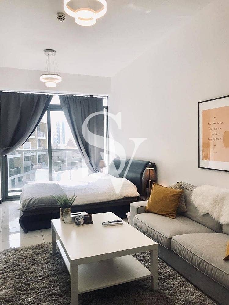 Fully furnished | Chiller free | Ready to move
