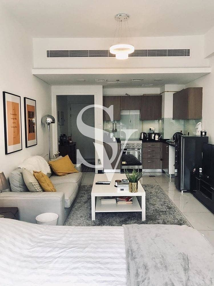 2 Fully furnished | Chiller free | Ready to move
