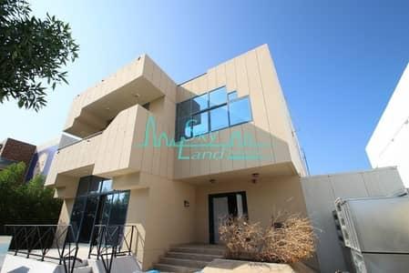 فيلا تجارية 5 غرف نوم للايجار في جميرا، دبي - Best location! Excellent commercial villa in Jumeirah 3