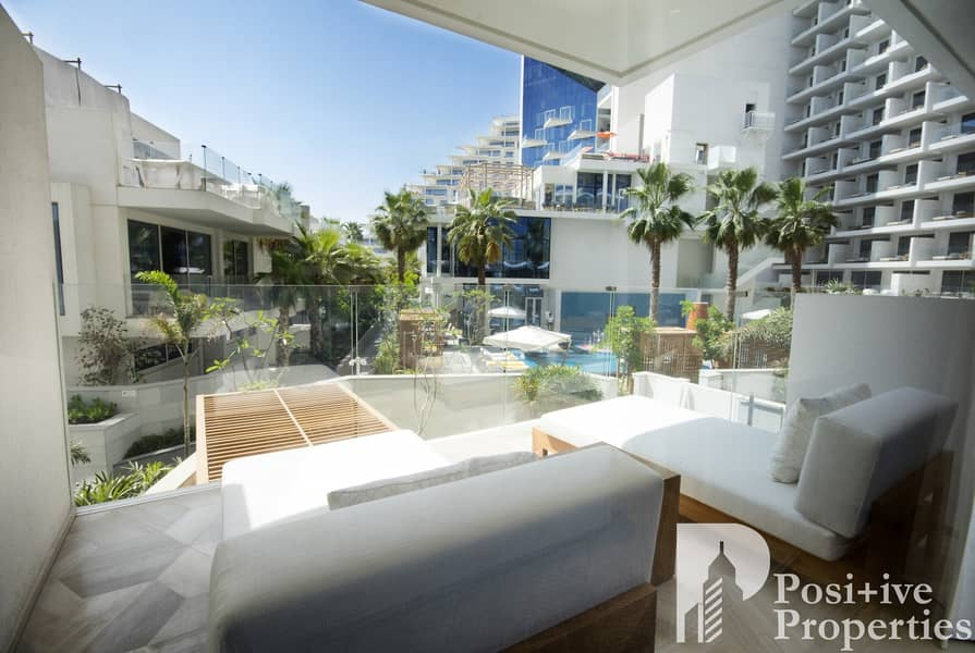 View Today| Pool View | Superb Apartment