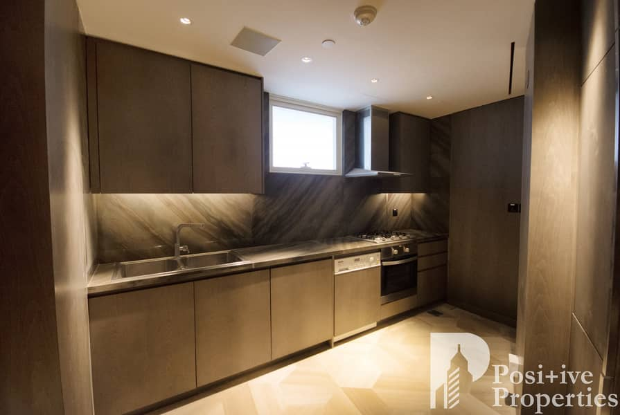 2 View Today| Pool View | Superb Apartment