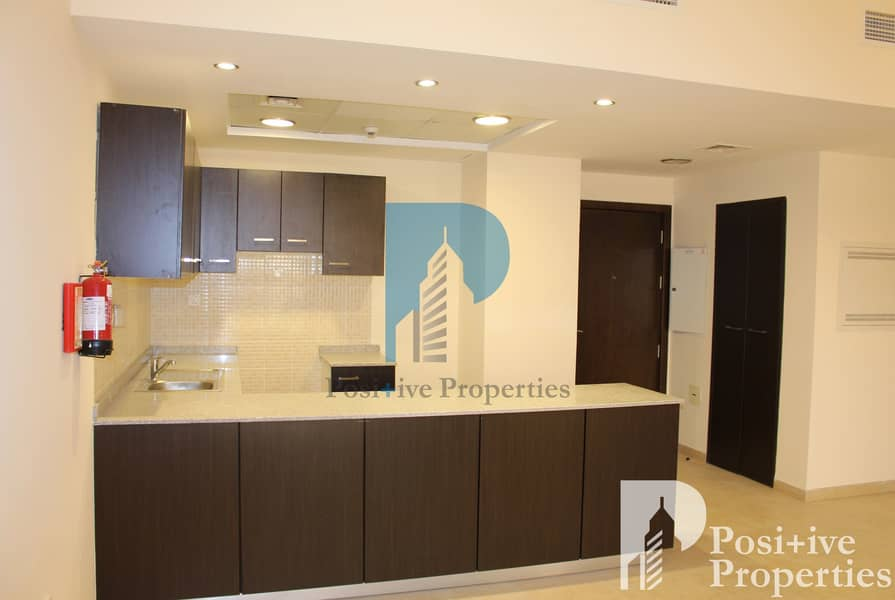2 2 BR Open Kitchen |Tenanted | Available