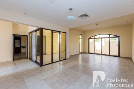 تاون هاوس 4 غرف نوم للايجار في مدن، دبي - Best Location | Multiple Cheques | Negotiable