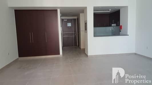 استوديو  للبيع في القرية التراثية، دبي - Spacious Studio |  Balcony  |  Pool View