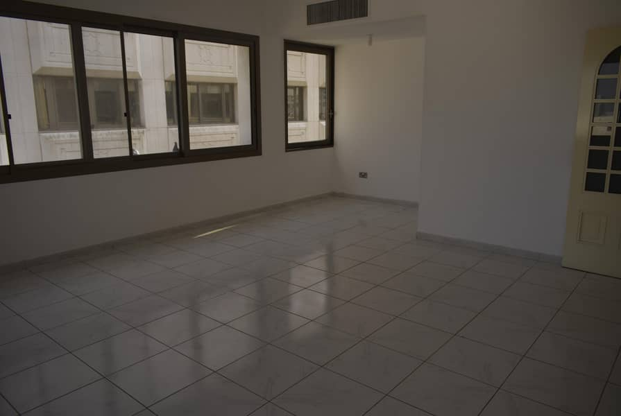 Nice 2 Br with Balcony in Tourist Club