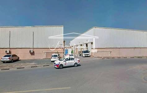 مستودع  للايجار في القوز، دبي - مستودع في القوز الصناعية القوز 83122 درهم - 4427552