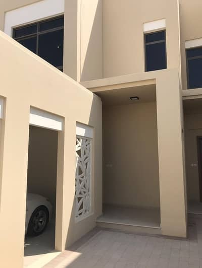 4 Bedroom Townhouse for Rent in Town Square, Dubai - Well Located - Lesser Price - Single Row - Al Qudra Road View