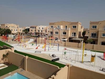 فیلا 3 غرفة نوم للايجار في الريف، أبوظبي - Single row 3br villa w/ private garden ready for occupancy