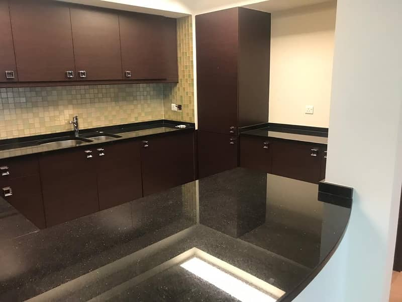 2 Spacious 2BR with view to Sheikh Zayed Road