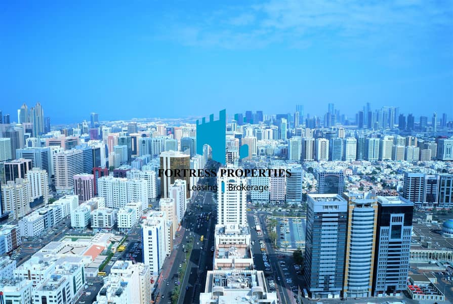 19 MAGNANIMOUS 3BHK IN THE CENTER OF THE CITY WITH MARVELOUS VIEW OF THE SKYLINE AND THE SEA !!!