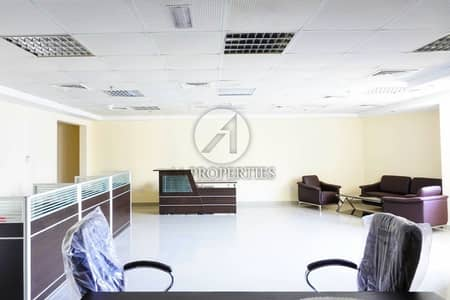 Office for Rent in Jumeirah Lake Towers (JLT), Dubai - Brand New Furniture - Next to Metro - Easy Viewing