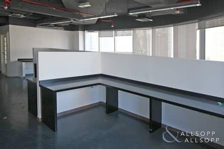 مکتب  للايجار في أبراج بحيرات الجميرا، دبي - Fitted Office | Partitioned | SZR Views