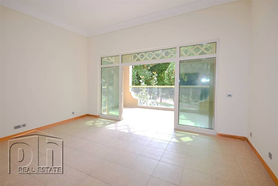 2 Gorgeous Garden View | 2 Bed + Maids | Vacant