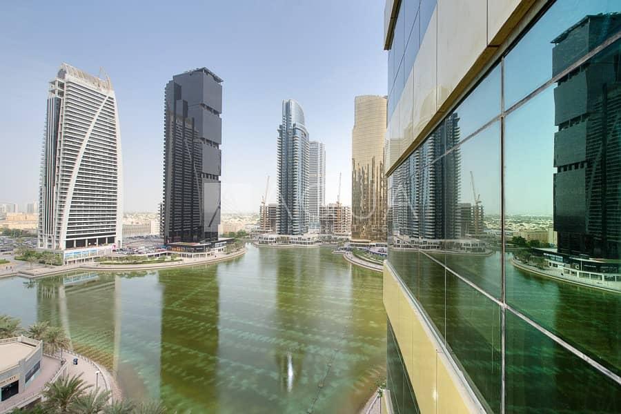 13 Luxury High floor Upgraded Next to Metro