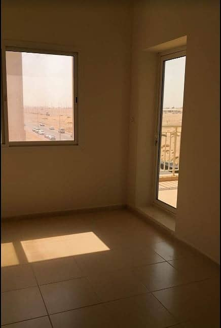 Walking Distance To lake | 1 Bed In Queue Point
