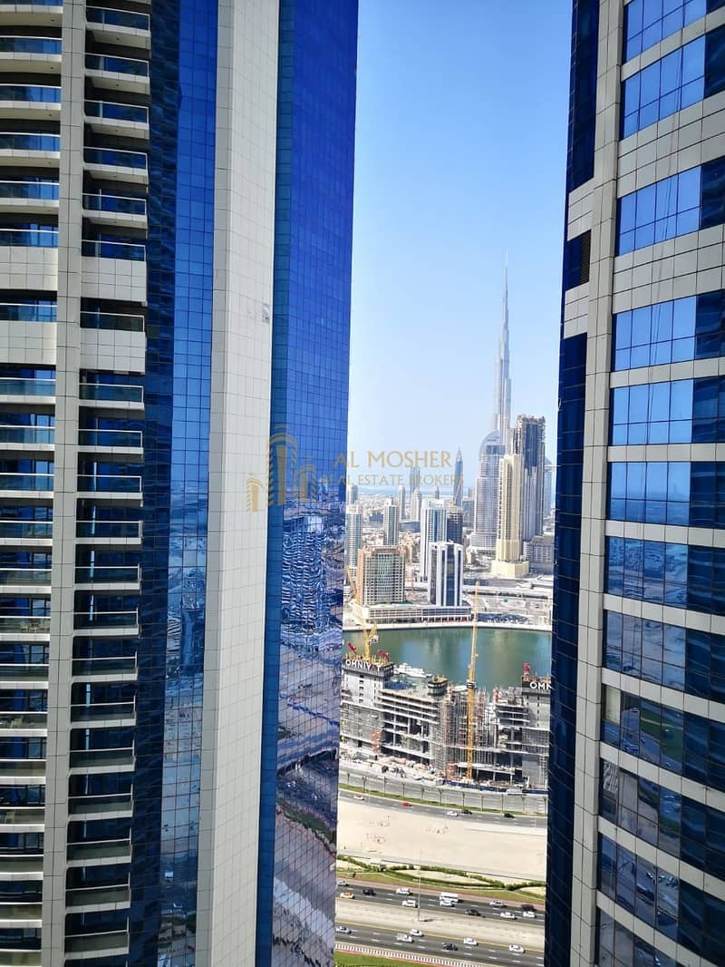 34 Fully Furnished 3 Bedrom Paramunt Tower D