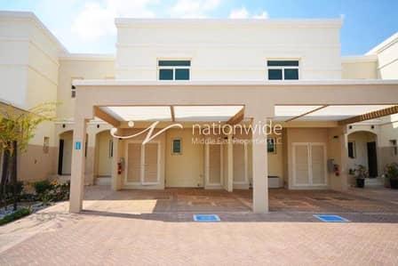 تاون هاوس 2 غرفة نوم للايجار في الغدیر، أبوظبي - Exquisite 2 Bedroom Townhouse in Waterfall