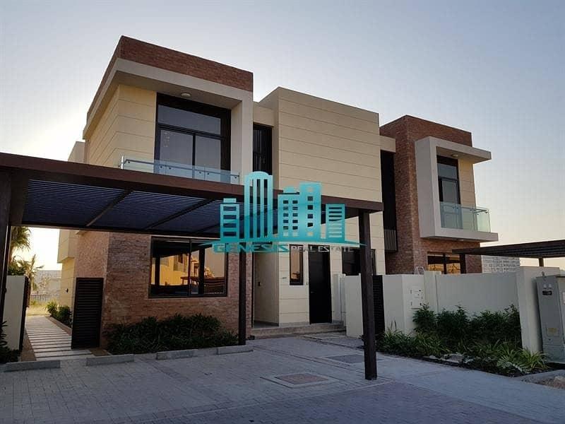2  4BED+M Villa