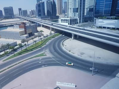 مکتب  للايجار في الخليج التجاري، دبي - Well-priced |Furnished Office|5 parking Spaces