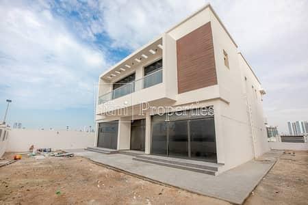 فیلا 5 غرف نوم للبيع في الفرجان، دبي - Brand New Villa | Huge Plot Size | Elevator