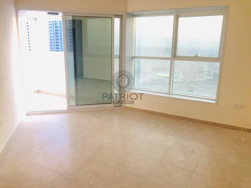 2 Beautiful new 3 BHK  apartment in dubai gate2  near to metro station