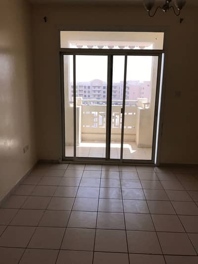 فلیٹ 1 غرفة نوم للايجار في المدينة العالمية، دبي - شقة في الحي الصيني المدينة العالمية 1 غرف 30000 درهم - 4430311