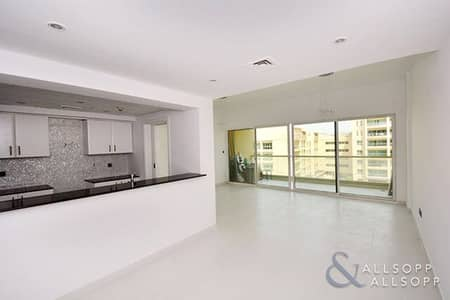 2 Bedroom Flat for Sale in The Greens, Dubai - 2 Beds + Study | Full Pool View | Upgraded