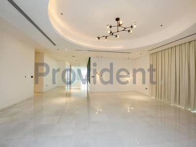 5 Bedroom Penthouse for Rent in Business Bay, Dubai - A Desirable Place to Live|5Bed Penthouse