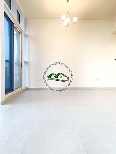 شقة 1 غرفة نوم للايجار في منطقة الكورنيش، أبوظبي - Brand new apartment! Ready to move in!