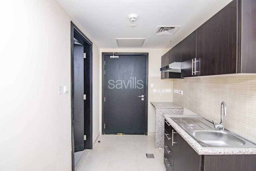 2 Brand new spacious Studio apartment with parking in Rawdah