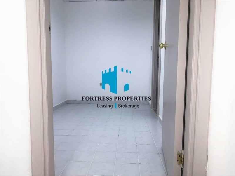 27 DAZZLING FLAT | Impeccable unit of Large 4 BHK with Maids Room .