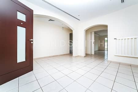 فیلا 6 غرف نوم للبيع في السهول، دبي - Lake View  5 BR Villa in Meadows 8