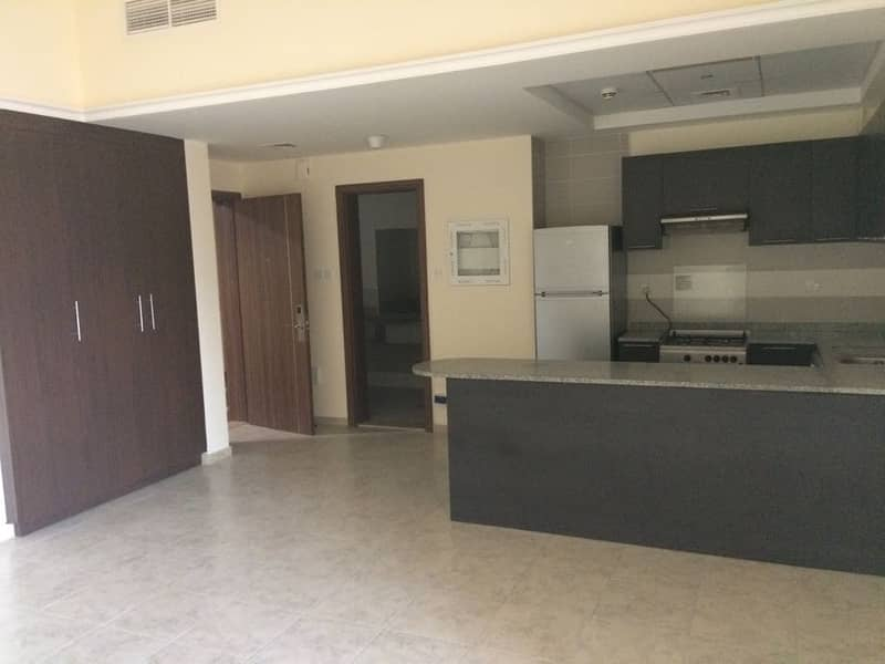 Huge Studio with Balcony at Imperial Res JVT