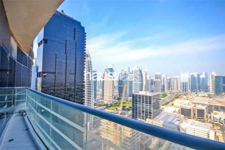 1 Bedroom Flat for Rent in Jumeirah Lake Towers (JLT), Dubai - Skyline Views | Spacious and Bright | Balcony