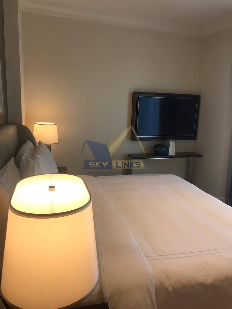 Burj Khalifa and Fountain Views | 1 Bedroom Apartment