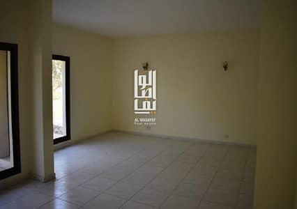 فیلا 4 غرف نوم للايجار في الصفا، دبي -  Villa 4 Bed Garden & Shared Pool & Gym