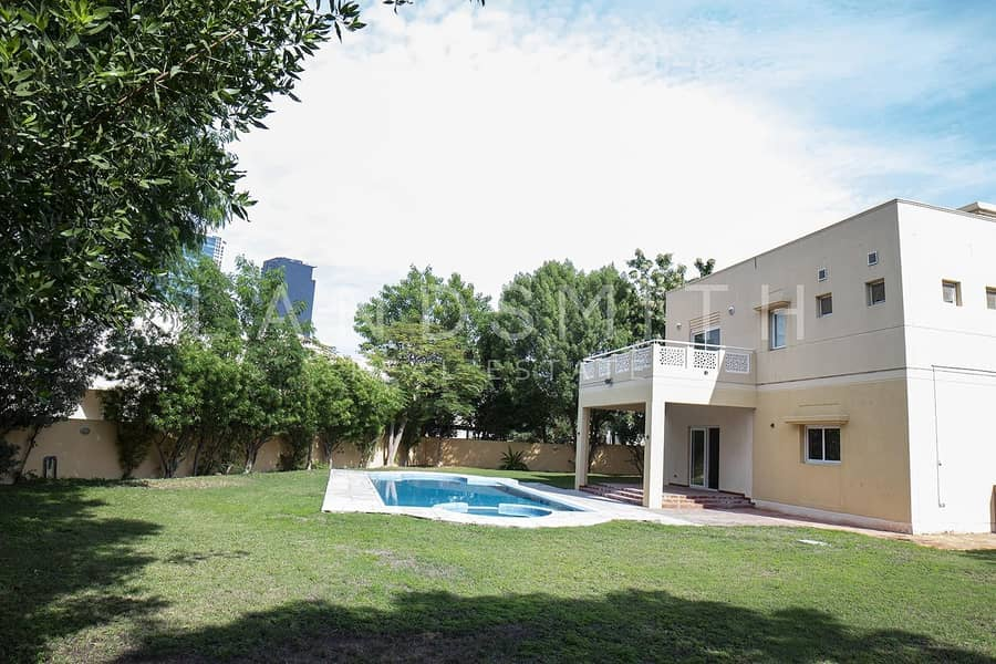 Huge Plot I 4 BR Villa Type 2 I Private Pool